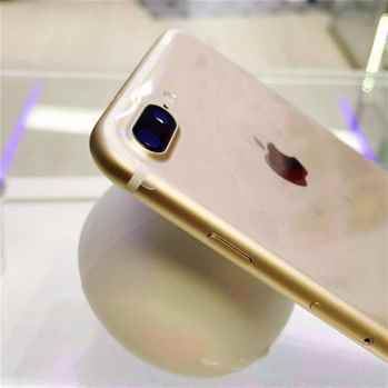 Apple iPhone 7 Plus 128GB Gold WhatsApp . 15189776642